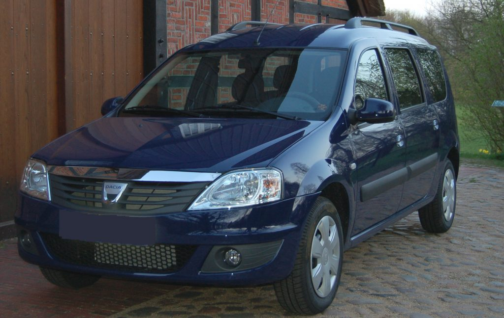 Dacia_Logan_MCV_Model_2009_01